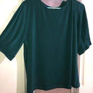 Green Puffy-Sleeved Blouse